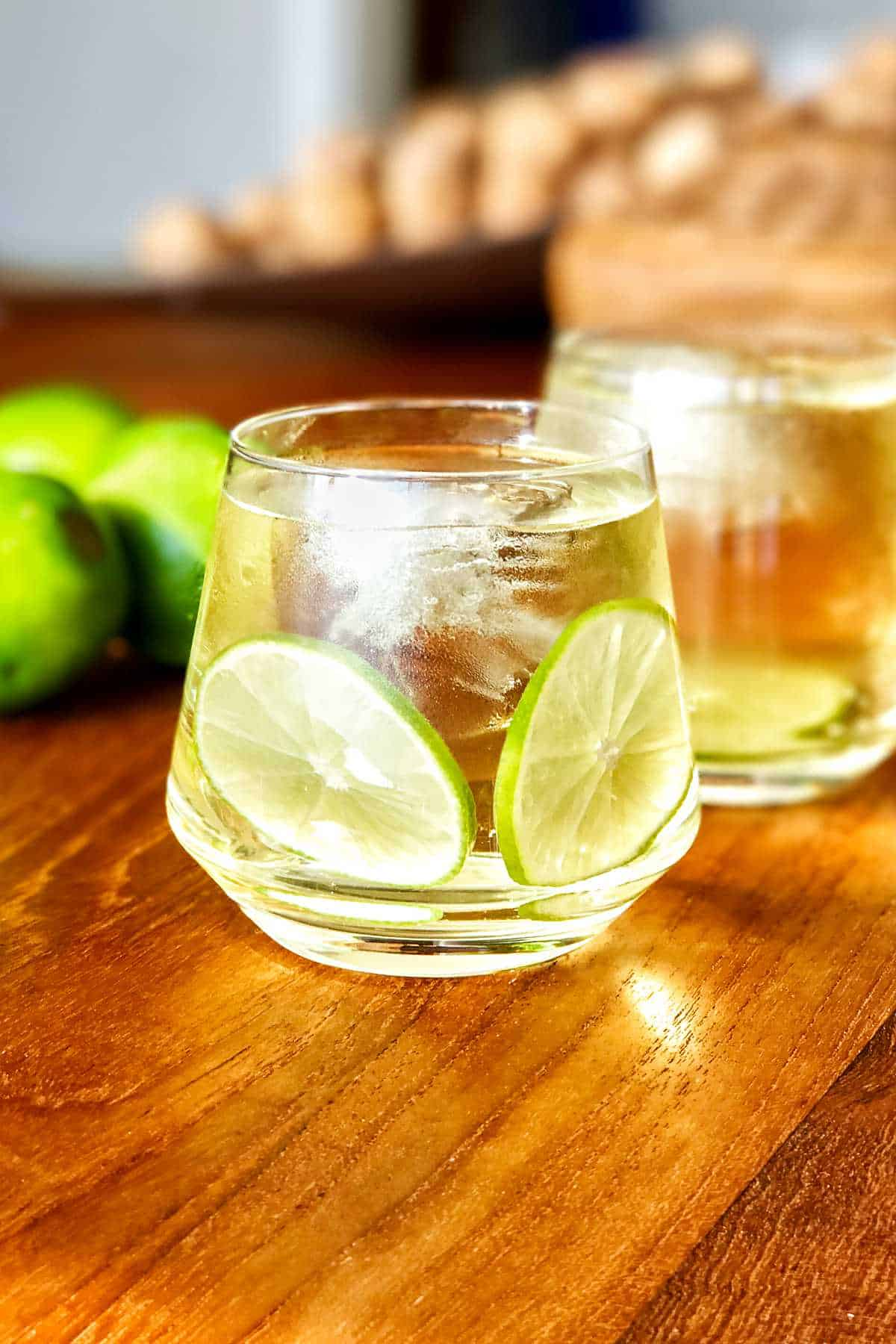 Cocktail with lime slices.