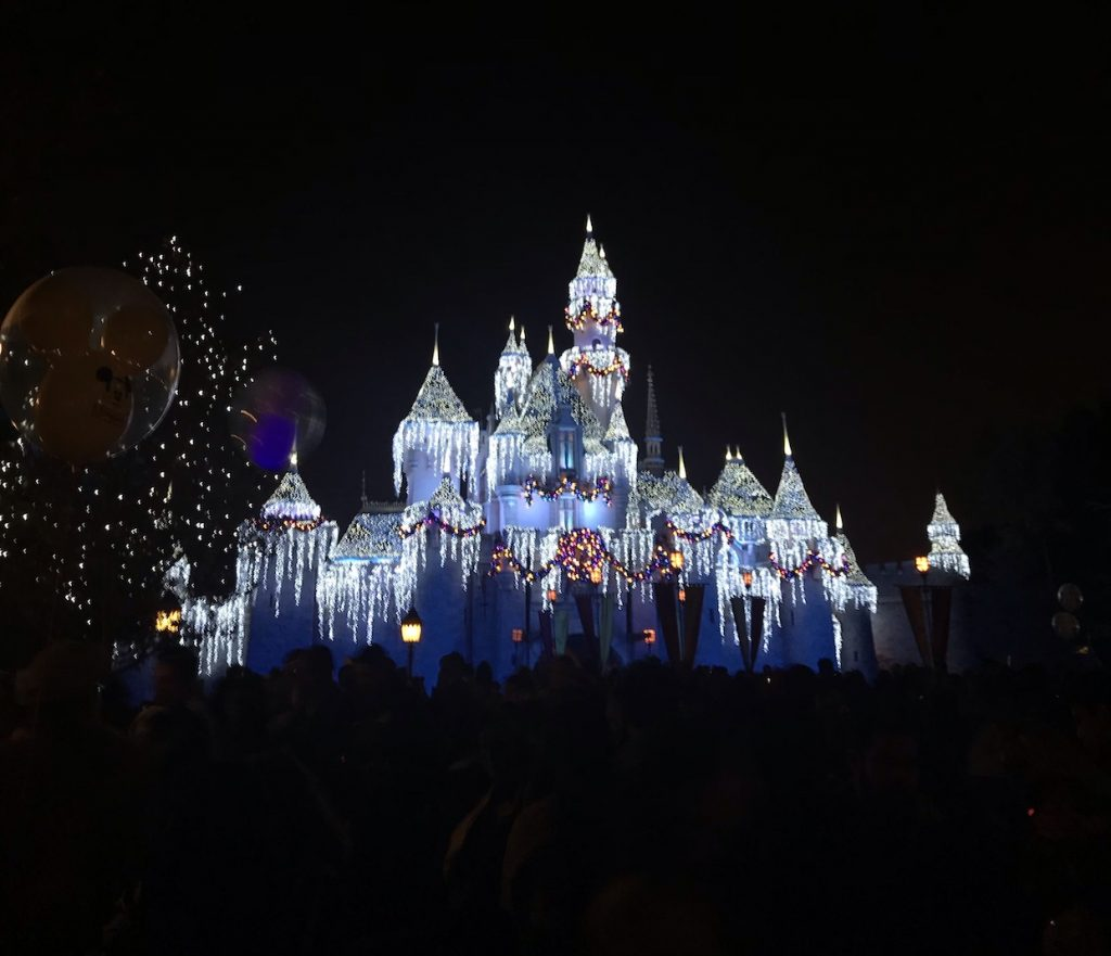 Disneyland Food Guide: My favorite eateries, the best booze, private clubs, and how to get in for free! | Proportional Plate