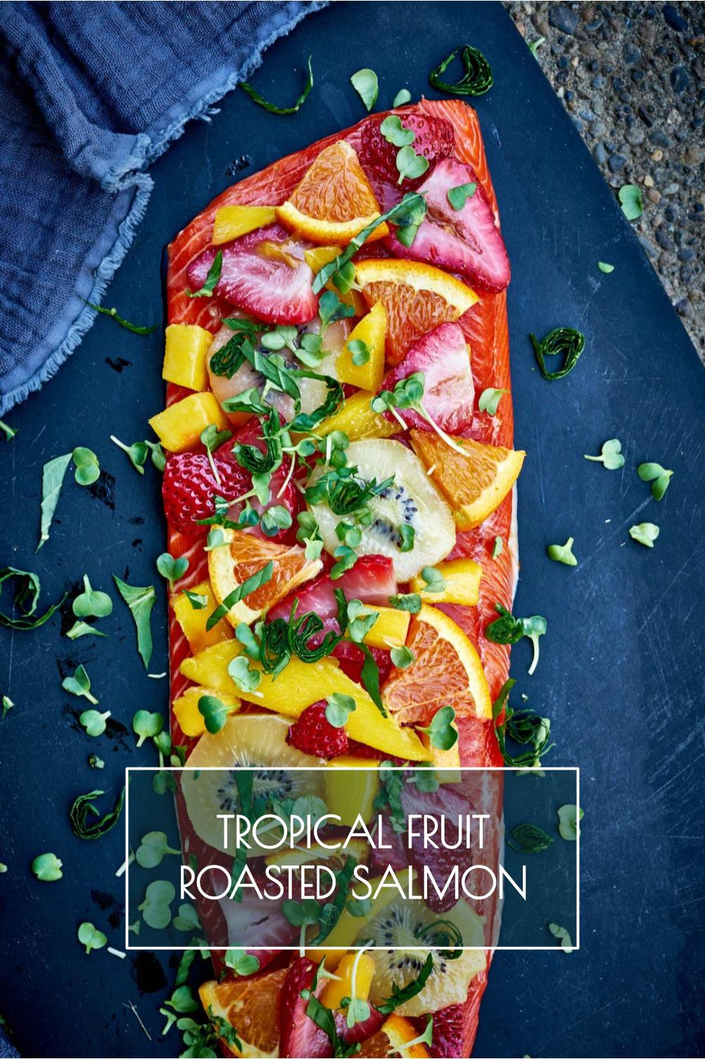 This tropical fruit roasted salmon brings a whole new meaning to peak season freshness. Get ready to be blown away by these Summer flavors! #summer #salmon #fruitsalad #tropical #fruit #copperriversalmon